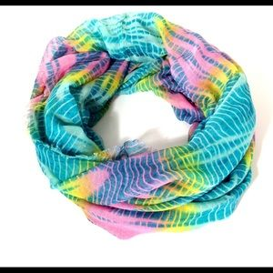 Rue 21 etc! The Dye Infinity Tube Scarf OS
